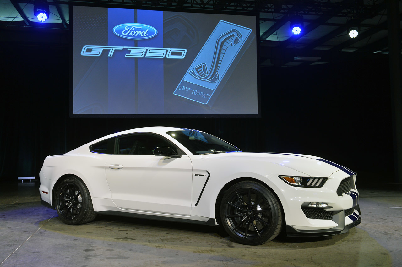 2015-Ford-Mustang-Shelby-GT350-1